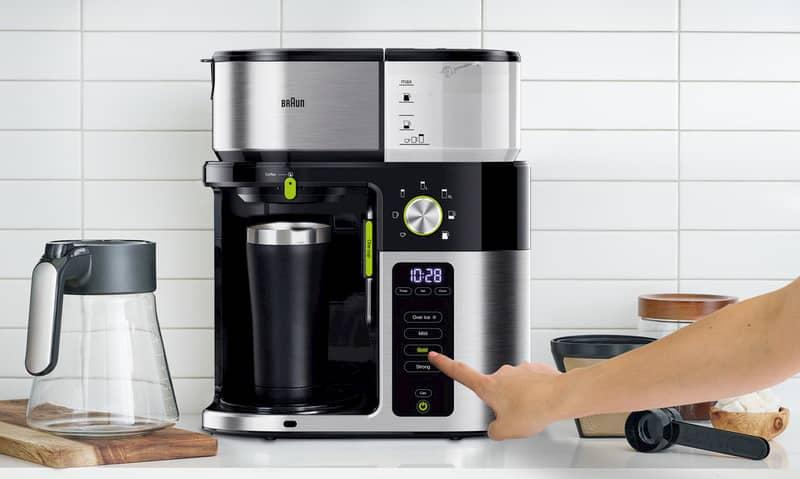 Für Kaffee-Liebhaber oder die, die es noch werden wollen: Braun launcht die Filterkaffeemaschine MultiServe.