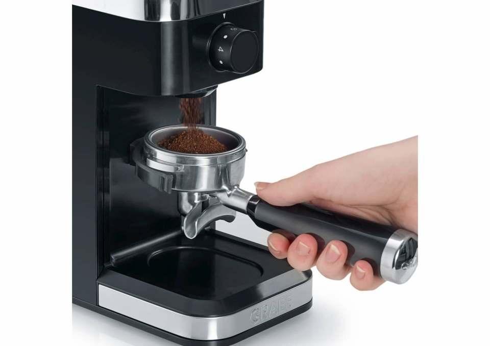 Die Kaffeemühle von Graef mahlt die Bohnen deutlich langsamer als die Mitbewerber. Durch weniger Reibungswärme werden die Kaffeearomen geschont.