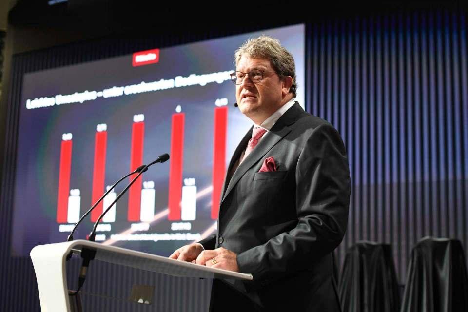 Präsentiert die Miele-Neuheiten auf der IFA in diesem Jahr ausschließlich der Presse: Dr. Reinhard Zinkann, Geschäftsführender Gesellschafter der Miele Gruppe.