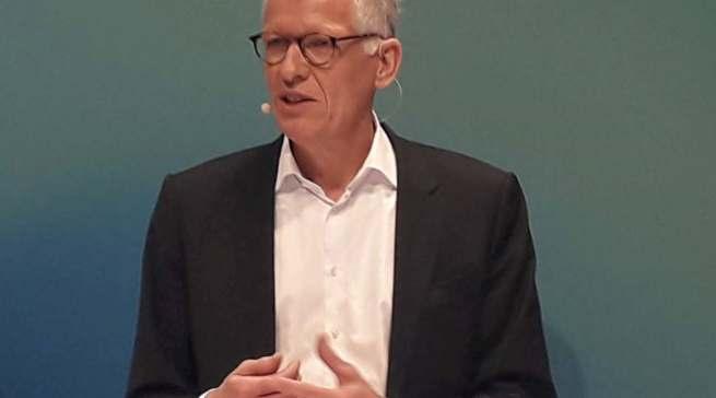 Von ihm wird immer lautstarker eine Strategie erwartet: Ceconomy-CEO und Interimschef Bernhard Düttmann.