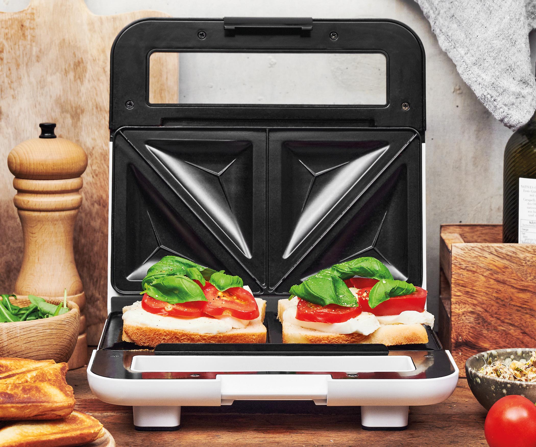 <h1>Gastroback Design Sandwichmaker</h1><h3 style='font-size: 20px; margin: 0px 0px 15px 0px;'> -Sandwiches, Snacks, Brotscheiben toasten</h3>