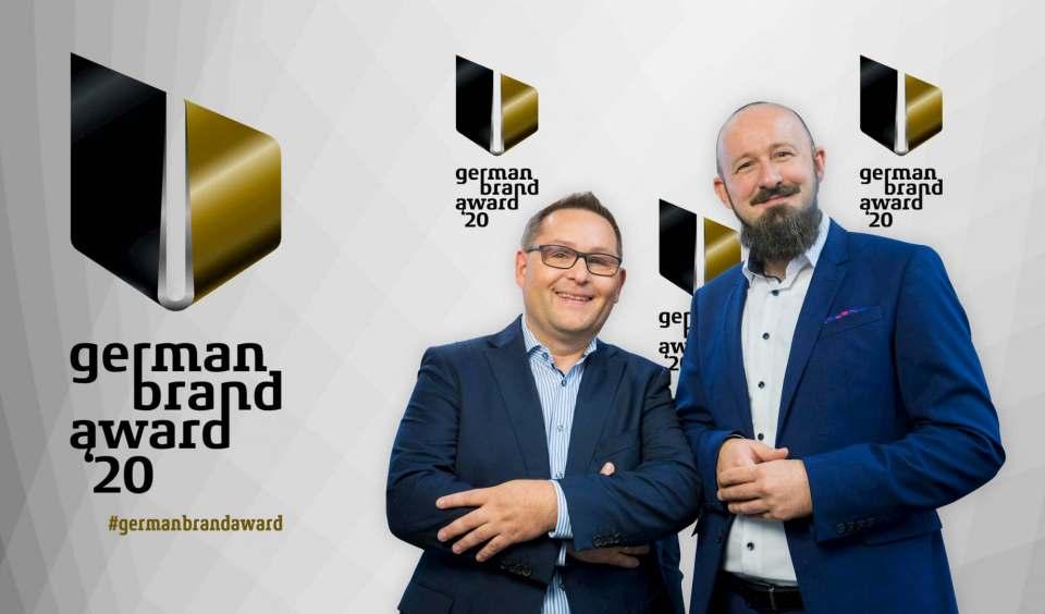 Freuen sich über die doppelte Auszeichnung: Geschäftsführer Christian Strebl und Sascha Steinberg, Director Marketing & Product Management.
