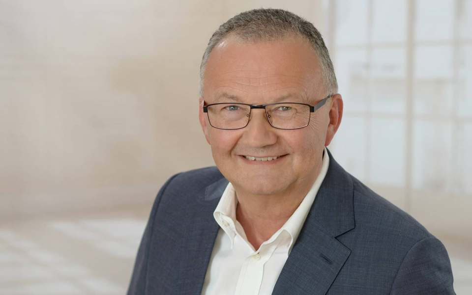 Hans Wienands (CE-Branchen-Insider, u.a. Samsung, Grundig, Panasonic, Hisense)