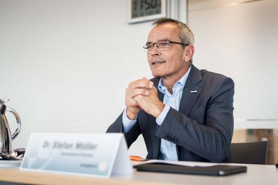 """""""Wir blicken mit Zuversicht in die Zukunft"""", so expert-Vorstandsvorsitzender Dr. Stefan Müller."""