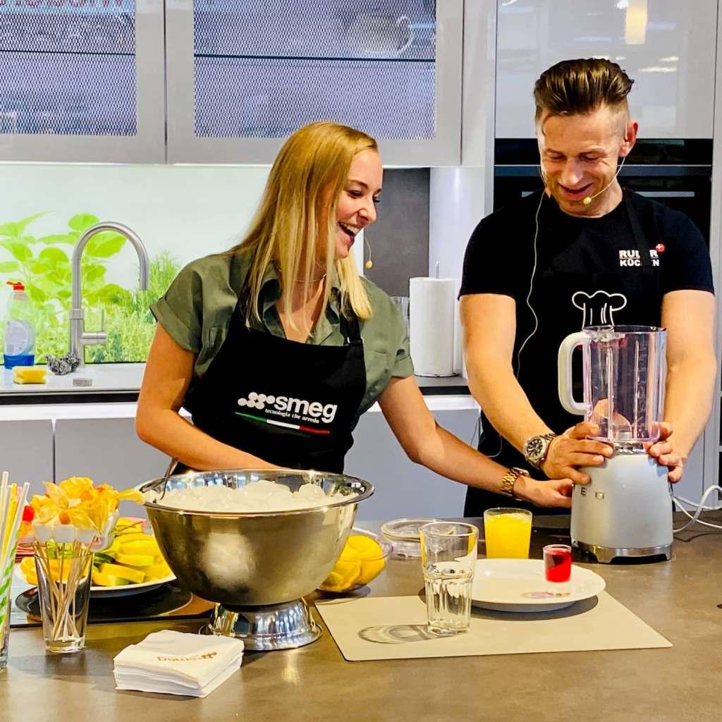 Das erfrischte: Cocktail-Workshop mit Lisa Maehl und Rainer Gehrke (Ruder Küchen). Foto: EK/servicegroup