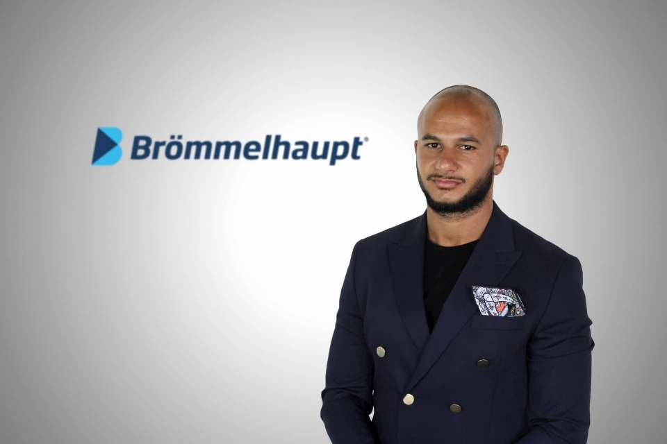 """Yassin M'Hairou wird als Produktmanager den Bereich Mobilfunk und """"Neue Medien"""" bei Brömmelhaupt aufbauen."""