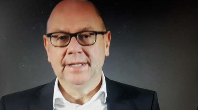 """""""Wir öffnen das Tor zu einer neuen Art des Kochens"""", Frank Jüttner, Leiter Miele Vertriebsgesellschaft Deutschland."""