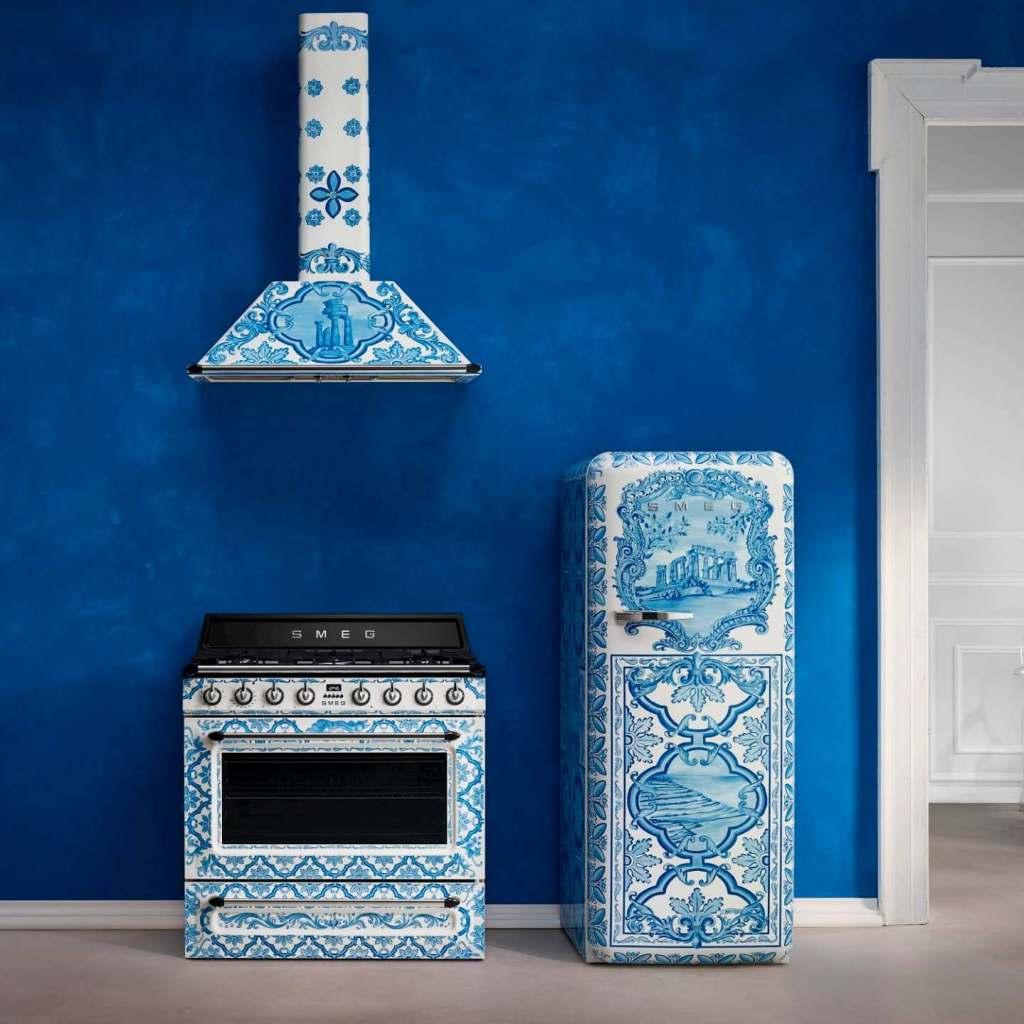 Echter Hingucker: Die neue Sizilien-Kollektion von Dolce & Gabbana und Smeg für Großgeräte.