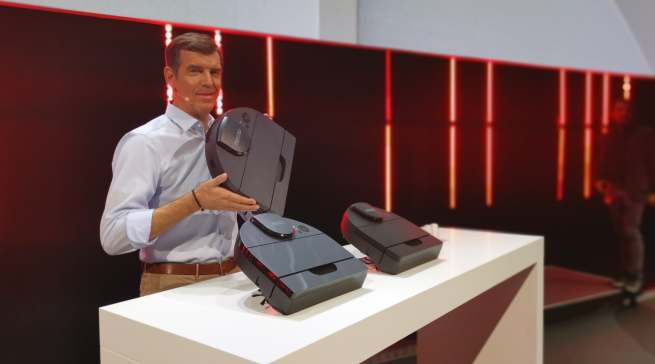 """Neato zeigte in Berlin sein Premium Lineup der Modelle """"the Neato"""" D10, D9 und D8."""