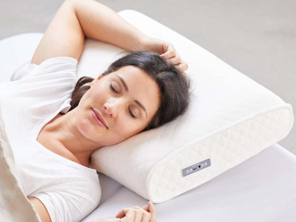 Medisana Sleep Well Kissen SP 100 mit integriertem Stereo-Sound.