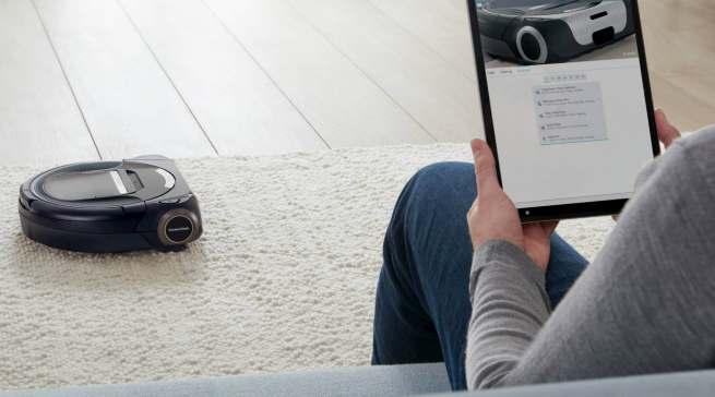 Entspannter Hausputz auf Knopfdruck: Staubsaugerroboter Roxxter von Bosch.
