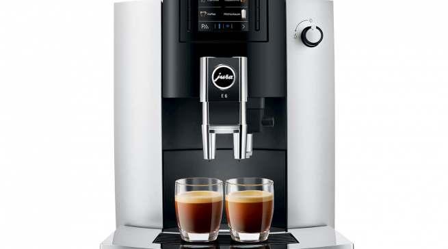 Alleiniger Testsieger bei Stiftung Warentest: Kaffeevollautomat E6 von Jura.