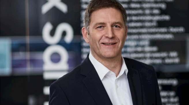 """""""Die enge Zusammenarbeit mit dem Handel, die durch das Smart Dealer Programm noch verstärkt wird, war für beide Seiten essenziell und wird es auch weiterhin bleiben"""", Ralf Meschkewitz, Head of Regional Sales Home Appliances Samsung."""