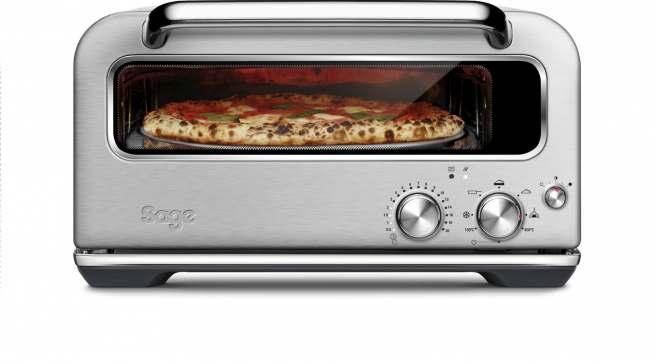 """Liefert eine Pizza, wie beim Italiener um die Ecke: """"the Smart Oven Pizzaiolo""""."""