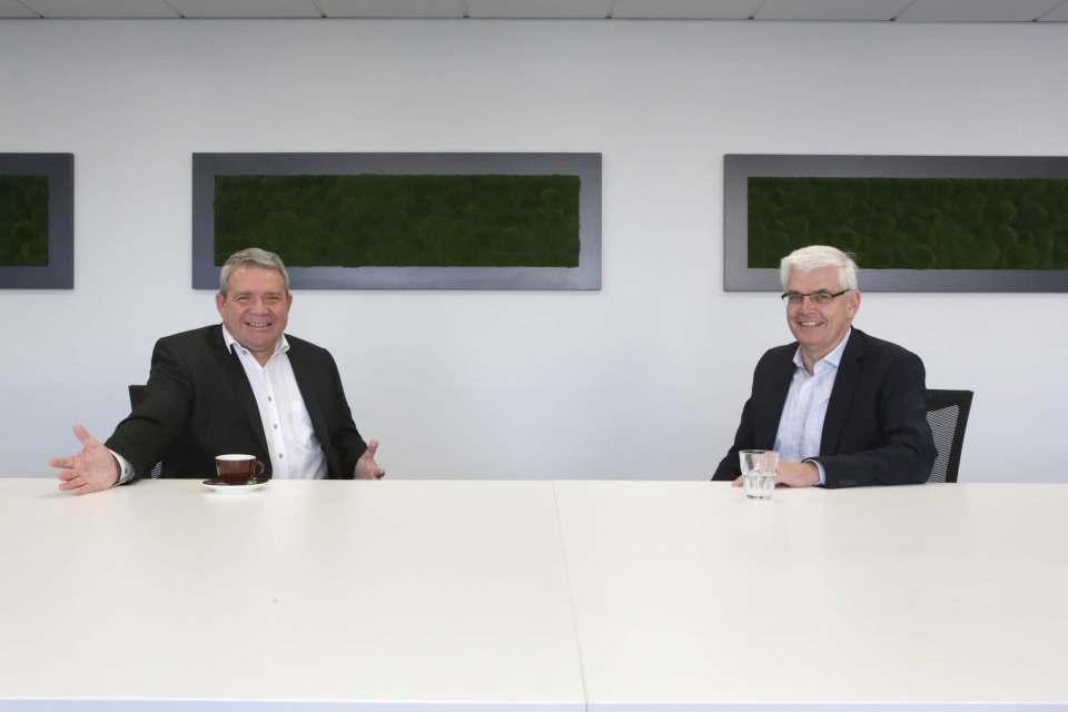 Im Gespräch mit infoboard.de: Friedrich Sobol (l.) und Karl Trautmann.