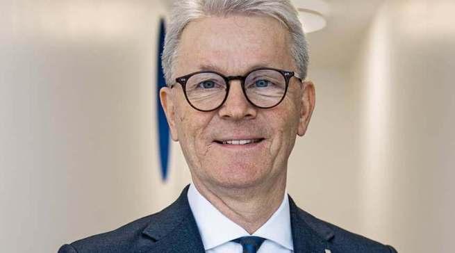 Wertgarantie-Vorstand Konrad Lehmann nahm den Deutschen Fairness-Preis entgegen.