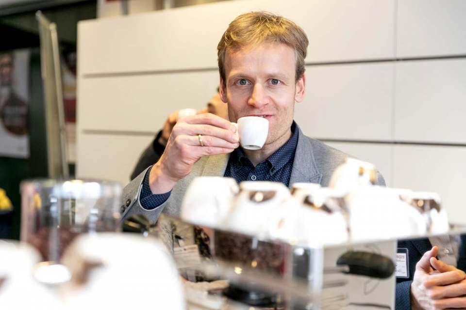 """""""Mit Espresso Partner Pool haben wir einen leistungsstarken Partner an unserer Seite"""", Brömmelhaupt-Geschäftsführer Robert Drosdek."""