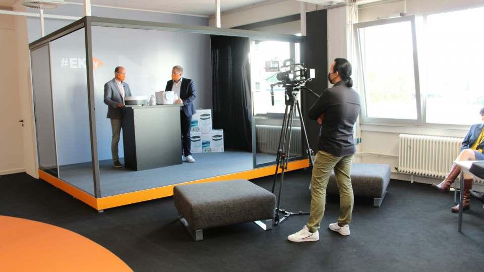 Digital auf der EK Live im TV-Studio mit dabei: Beurer.