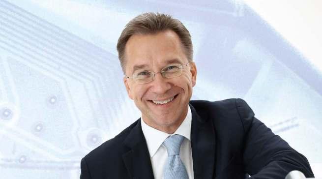 """""""Die aktuelle Lage bringt individuelle Herausforderungen für jeden einzelnen mit sich"""", Euronics Deutschland Vorstandssprecher Benedict Kober."""