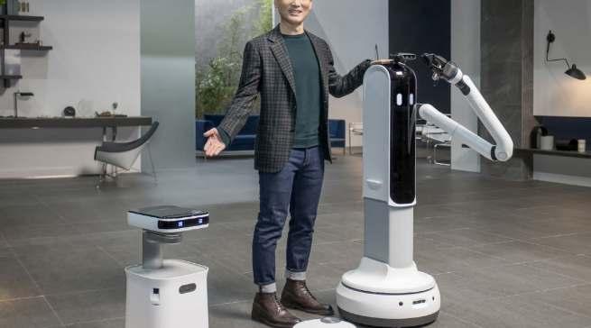 Robotik wird bei Samsung immer wichtiger. Die Gerätestrategie ist auf das übergreifende Ziel ausgerichtet, dem Endverbraucher mit den Produkten einen sinnvollen Mehrwert zu bieten.
