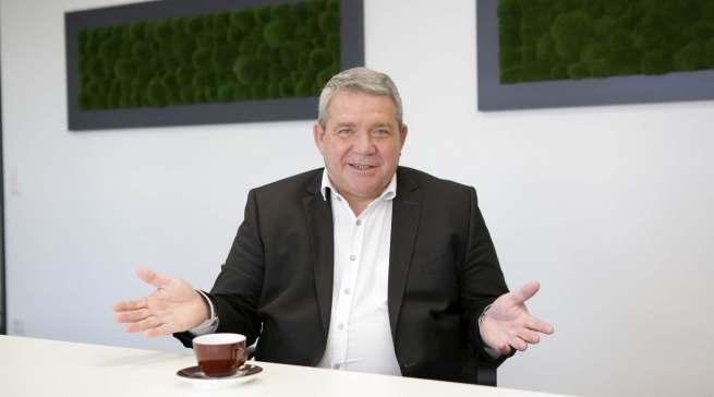 ElectronicPartner Vorstand Friedrich Sobol blickt mit realistischer Zuversicht auf die kommenden Monate.