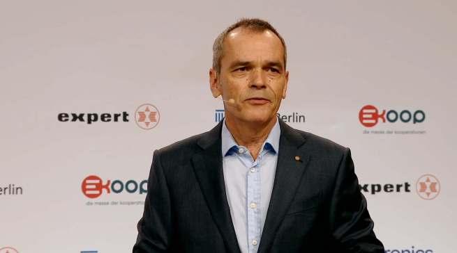 """""""Mit Euronics und der Messe Berlin haben wir starke Partner an der Seite, um ein einzigartiges Messeformat zu schaffen, das sich langfristig in der Branche etabliert"""", Dr. Stefan Müller, Vorstandsvorsitzender expert SE."""