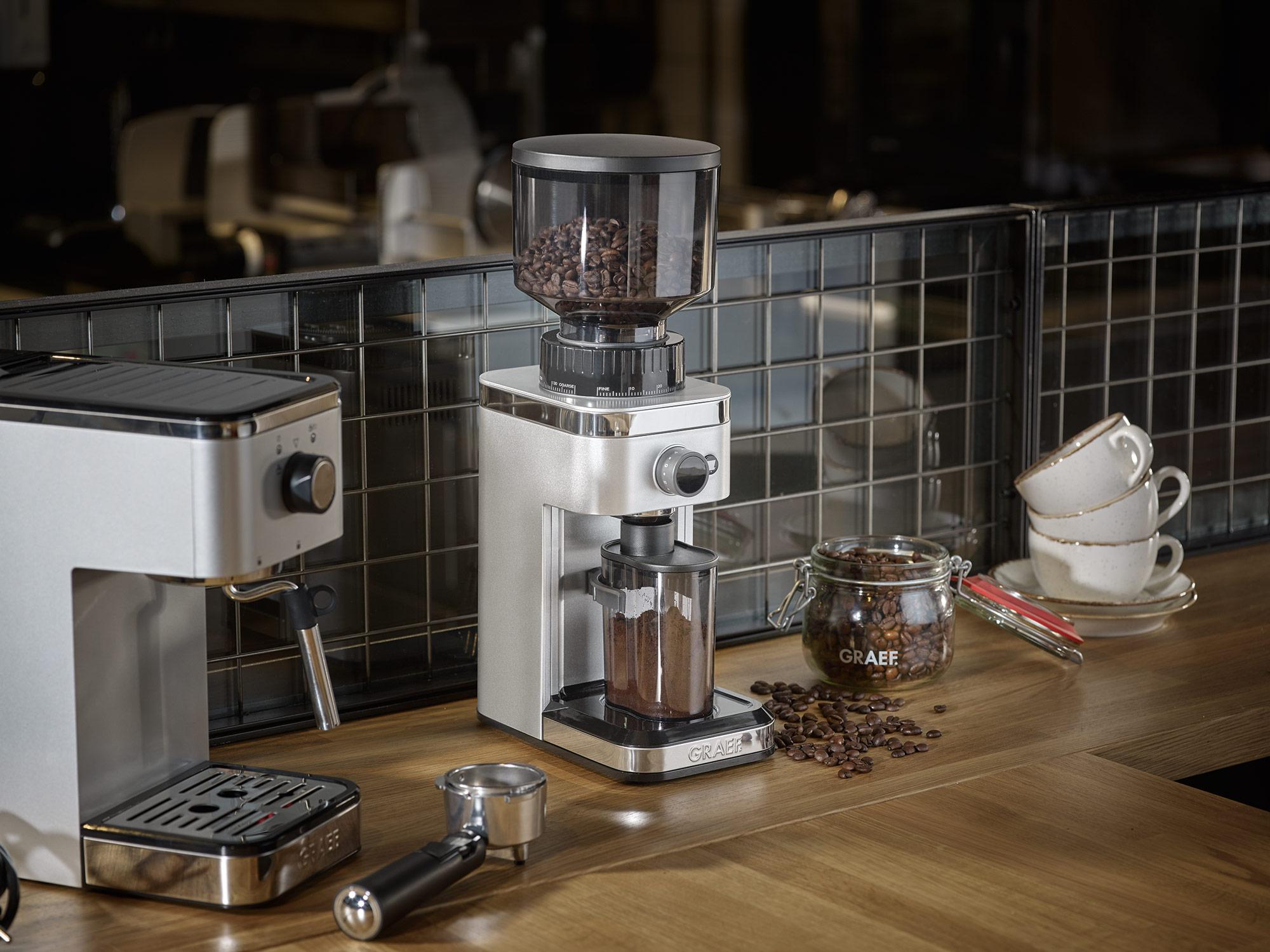 Die GRAEF Espressomaschine salita und die Kaffeemühle CM 500 gibt es jetzt auch in Silber