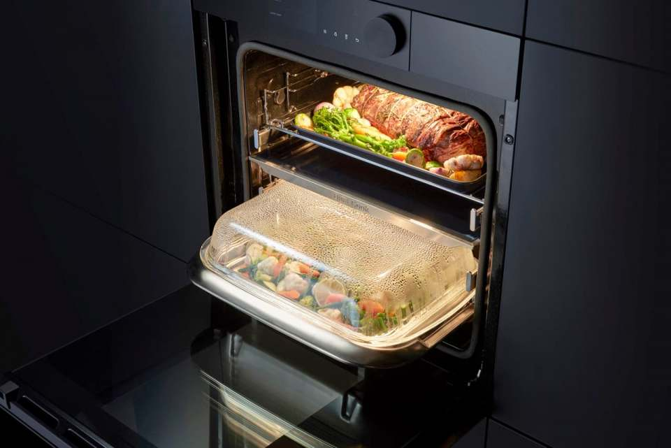 Best of the Best beim Kitchen Innovation Award: Samsung Backofen Dual Cook Steam.