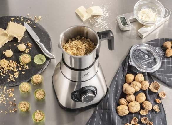 CASO Design Standmixer B 1800: Anwendung Nüsse mahlen