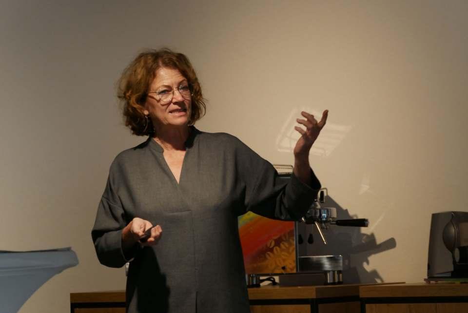 Ernährungswissenschaftlerin Hanni Rützler hat sich anlässlich einer Präsentation des Hausgeräteherstellers Graef aus Arnsberg mit den Foodtrends für 2021 beschäftigt. Foto: AD