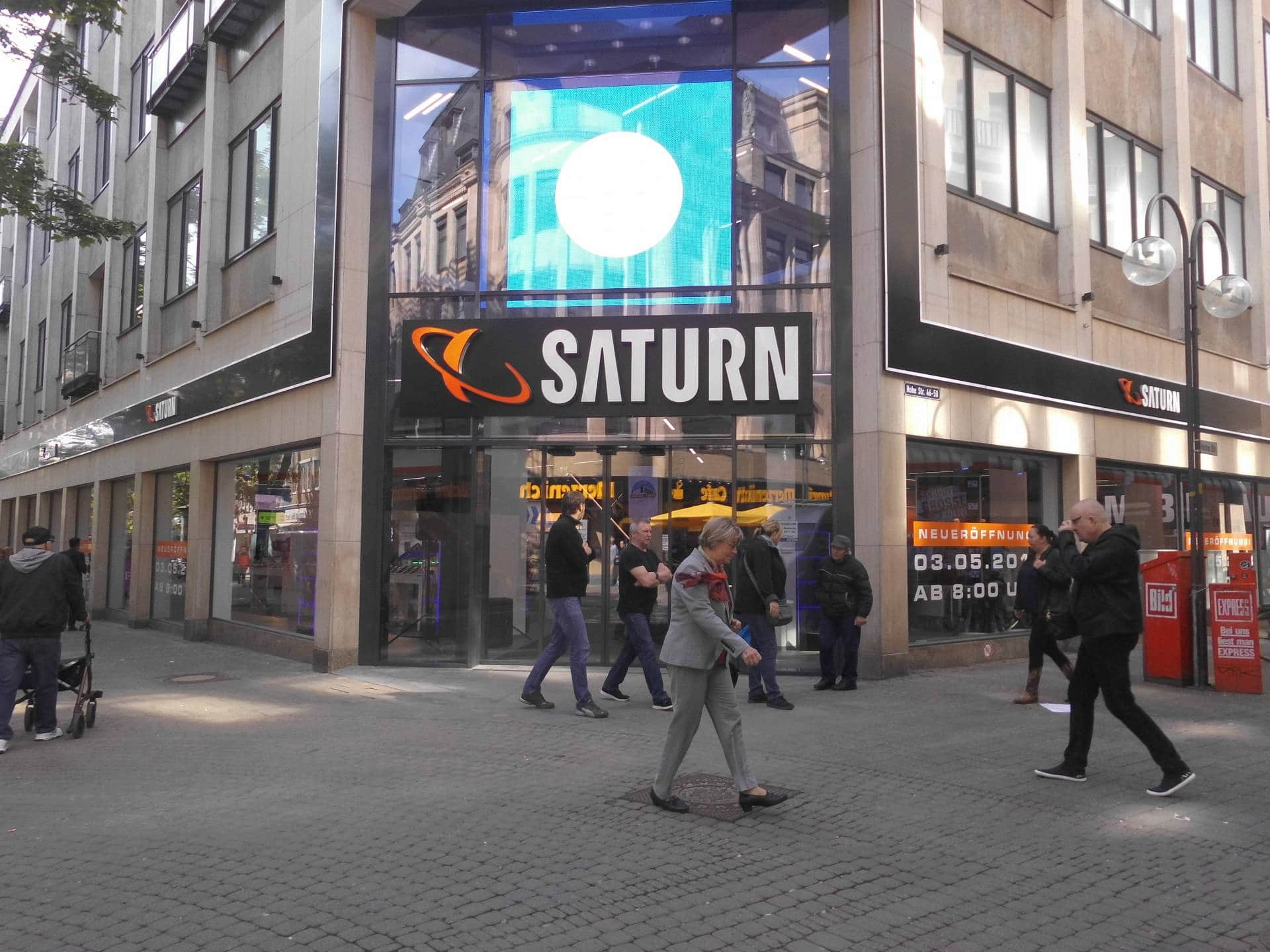 """Ein Edelstein im Portfolio: der Flagship-Store """"Saturn Köln City""""."""