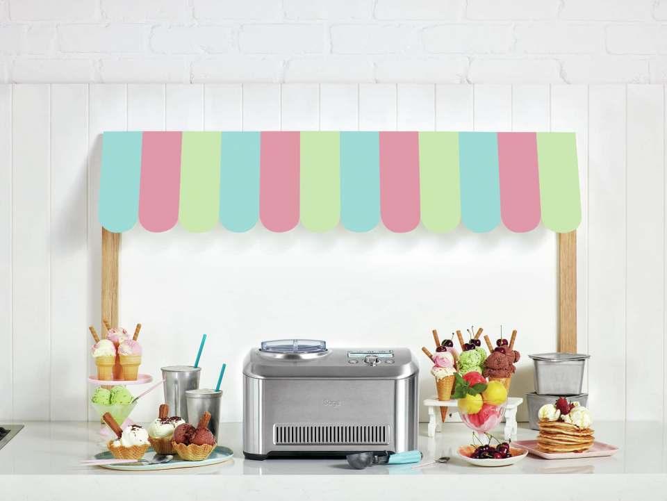 """Mit """"the Smart Scoop"""" von Sage verwandelt sich jede Küche in die Lieblingseisdiele."""