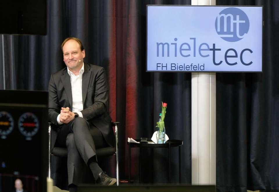 Dr. Markus Miele sieht auch für die Zukunft Potenzial in der Zusammenarbeit von Unternehmen und Fachhochschule.