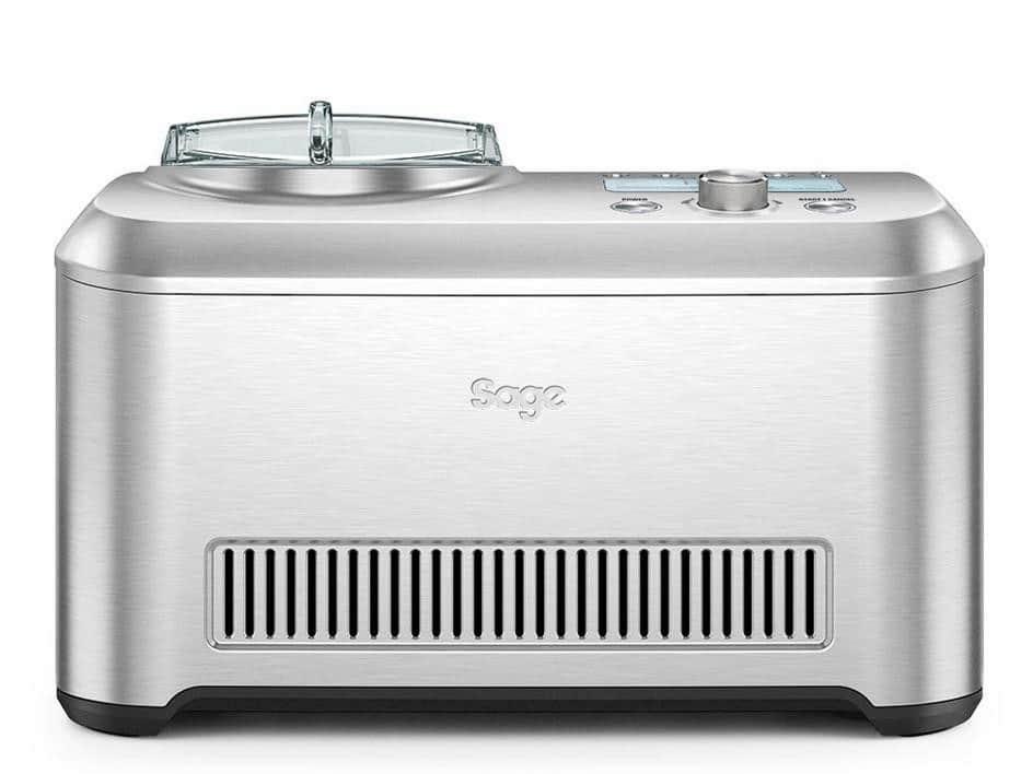 """Die erste Eismaschine, die automatisch den Härtegrad der Mischung feststellt und bis zum Servieren die gewählte Konsistenz beibehält: """"the Smart Scoop"""" von Sage."""