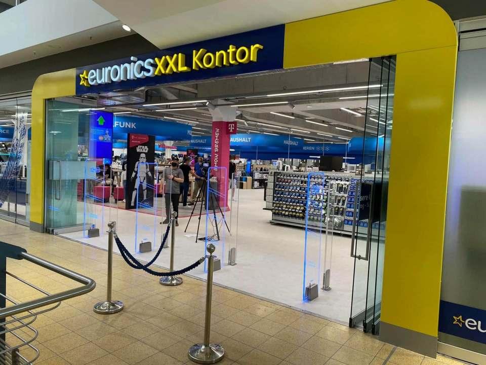 Neueröffnung in Bremen: Der Pilotmarkt im Stadtquartier Am Alten Speicher verfolgt ein innovatives Point of Emotion-Konzept. Fotos: Euronics