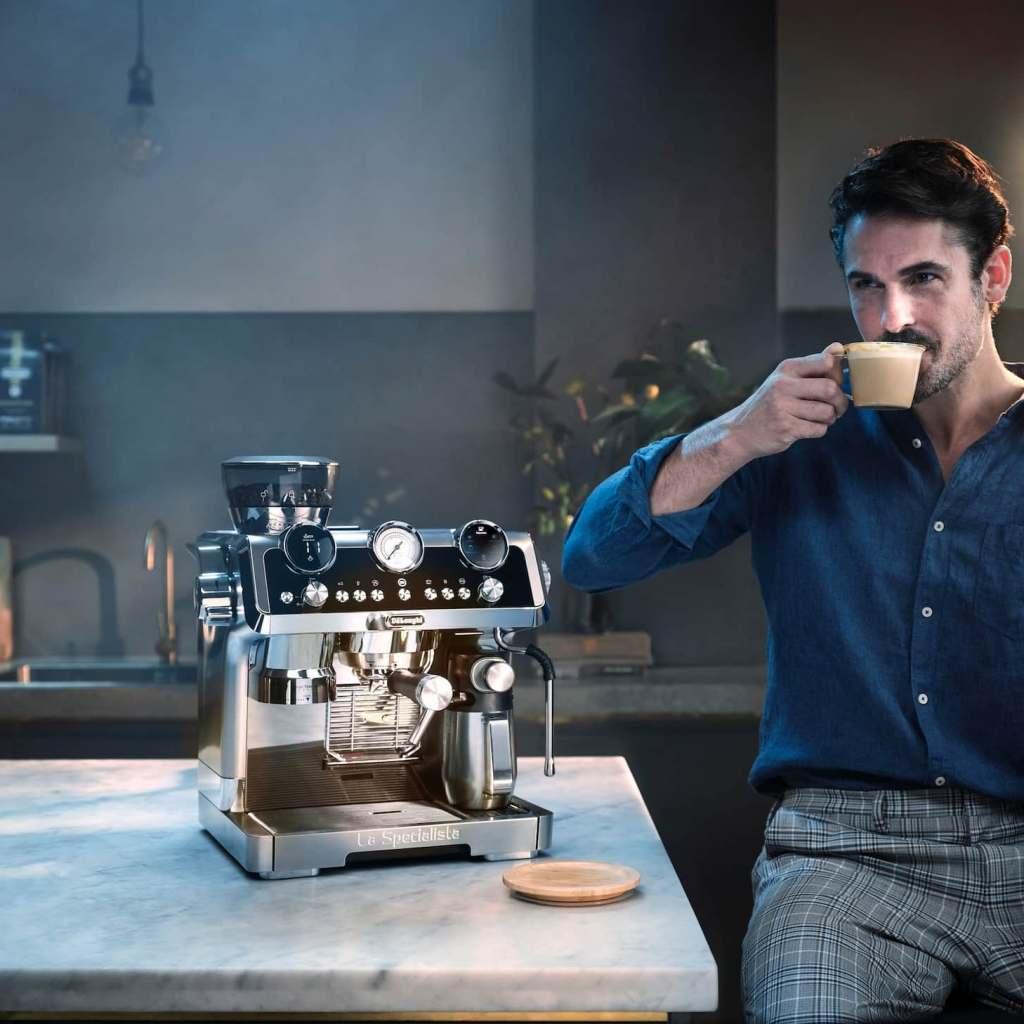 Die La Specialista Maestro von De'Longhi: ideale Balance aus Wissenschaft und Kaffeegenuss.