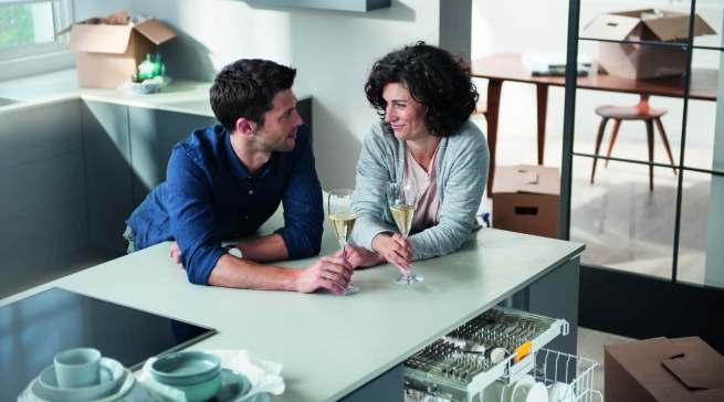 """Sorgenfrei zu einer neuen Küchenausstattung mit Miele-Geräten: Mit """"Upgreat"""" werden die Küchengeräte für einen Zeitraum gemietet."""