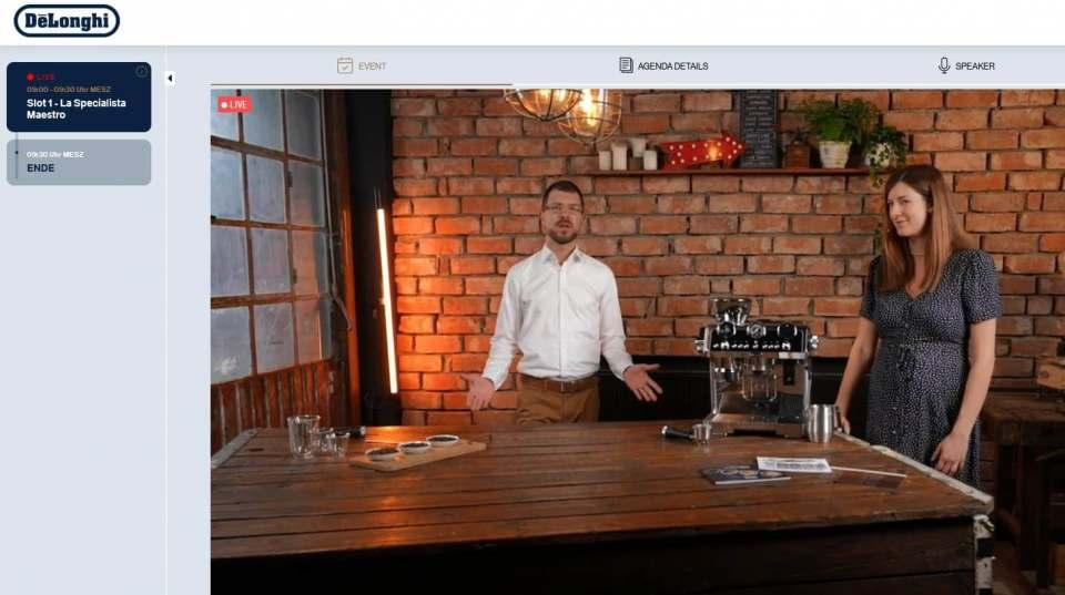 Moderierten die virtuelle De'Longhi Masterclass zur neuen La Specialista Maestro: Brand Manager Markus Schwichtenberg und Product Managerin Julia Heiser.