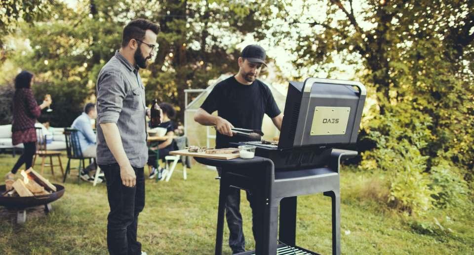 Auch Grillen mit Stecker ist cool. Starker Auftritt in puncto Leistung, Design und Ausstattung: Sevo-Grill von Severin.