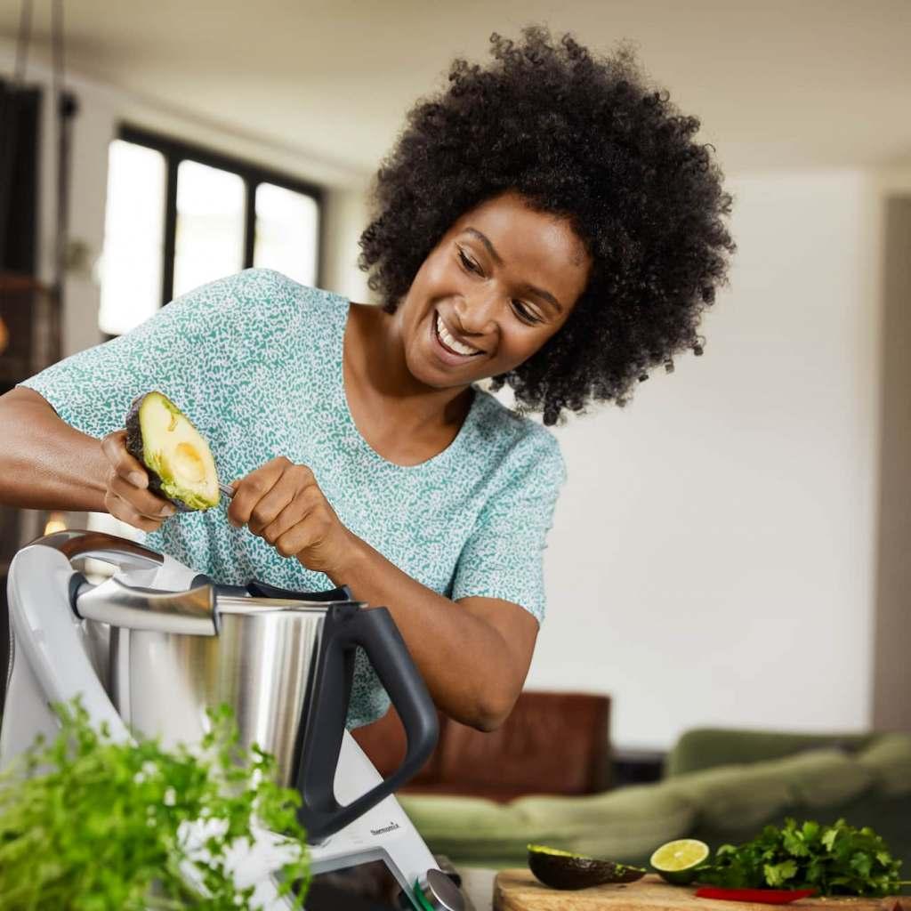 Perfekter Helfer: Vom Frühstücksei bis Abendessen – und spülen kann der Thermomix jetzt auch noch.