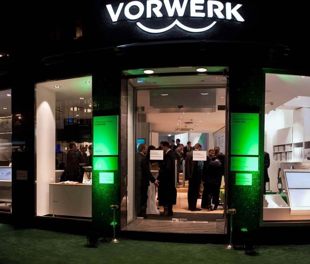 Direct to Consumer ist für Vorwerk – hier der Flagship-Store in Hamburg – ein Erfolgsgarant, daran ändert auch die digitale Transformation nichts.