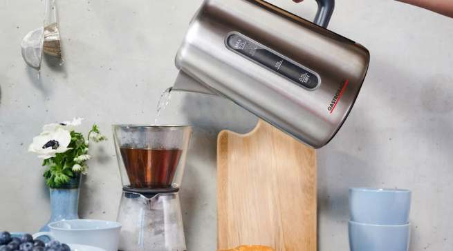 Bei Wasserkochern wird eine Reparatur oftmals nicht in Erwägung gezogen, attraktiver sind Neugeräte wie beispielsweise der Design Wasserkocher Express von Gastroback.