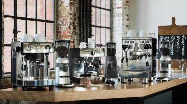 """Seit 2009 ist Graef im Kaffeemarkt aktiv. Im Portfolio der """"CoffeeKitchen"""" gibt es hochwertige Siebträger und Filterkaffeemaschinen sowie sprichwörtlich ausgezeichnete Kaffeemühlen."""