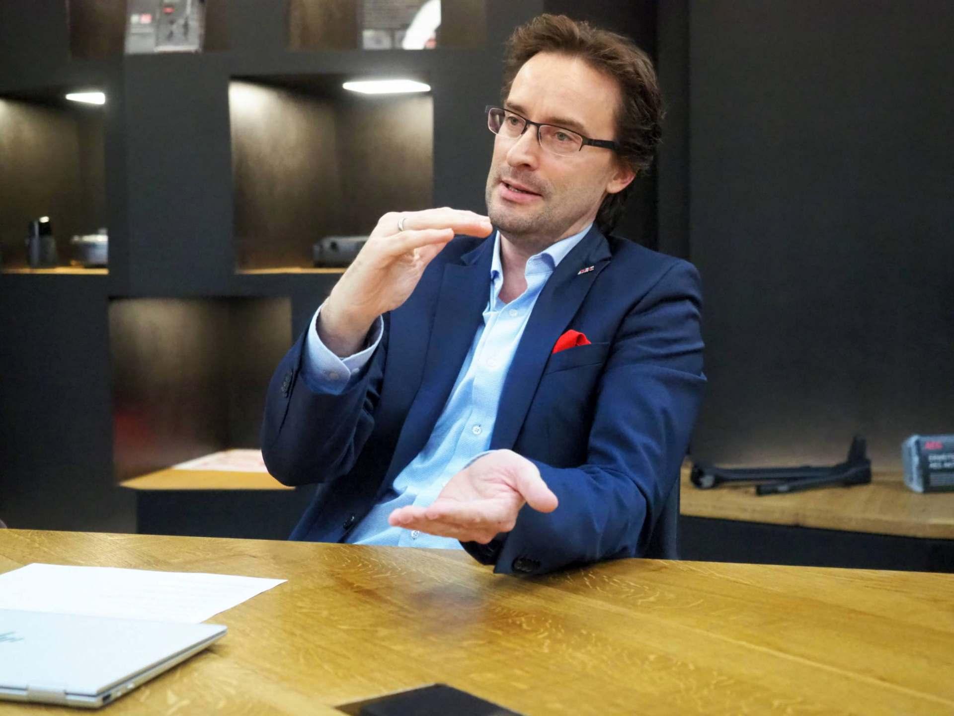 """""""Wir wollen einen Beitrag leisten, um das große Leid der Menschen so gut es geht zu lindern"""", Michael Geisler, Geschäftsführer Electrolux Hausgeräte."""