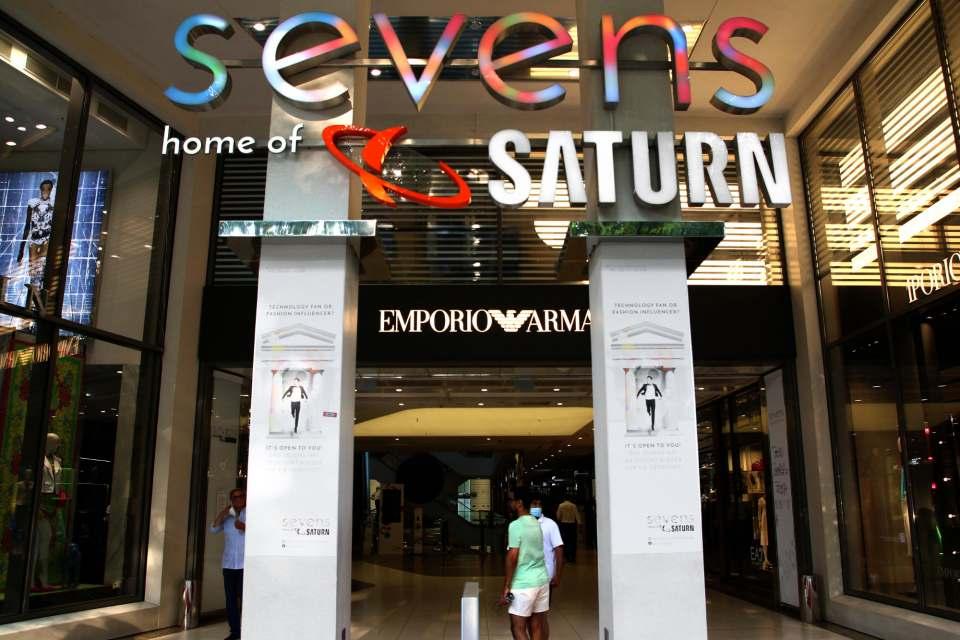 """Heimat von Saturn: das Einkaufszentrum """"Sevens"""" in Düsseldorf. Foto: infoboard.de"""