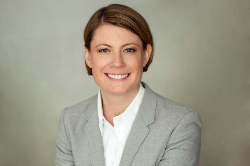 """""""Besitz und Nutzung von Smart-Home-Lösungen liegen immer noch hinter den Erwartungen der Tech-Branche"""", Dr. Sara Warneke, Geschäftsführerin der gfu."""