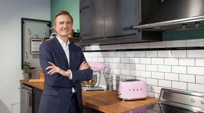 Freut sich auf die Tage der Küchenmeile in Ostwestfalen: Olaf Nedorn, Geschäftsführer Smeg Deutschland: