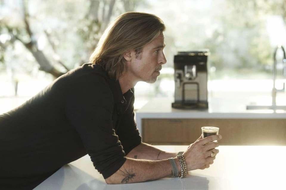 De'Longhi Kampagne mit Kaffeevollautomaten und Hollywood-Star Brad Pitt.