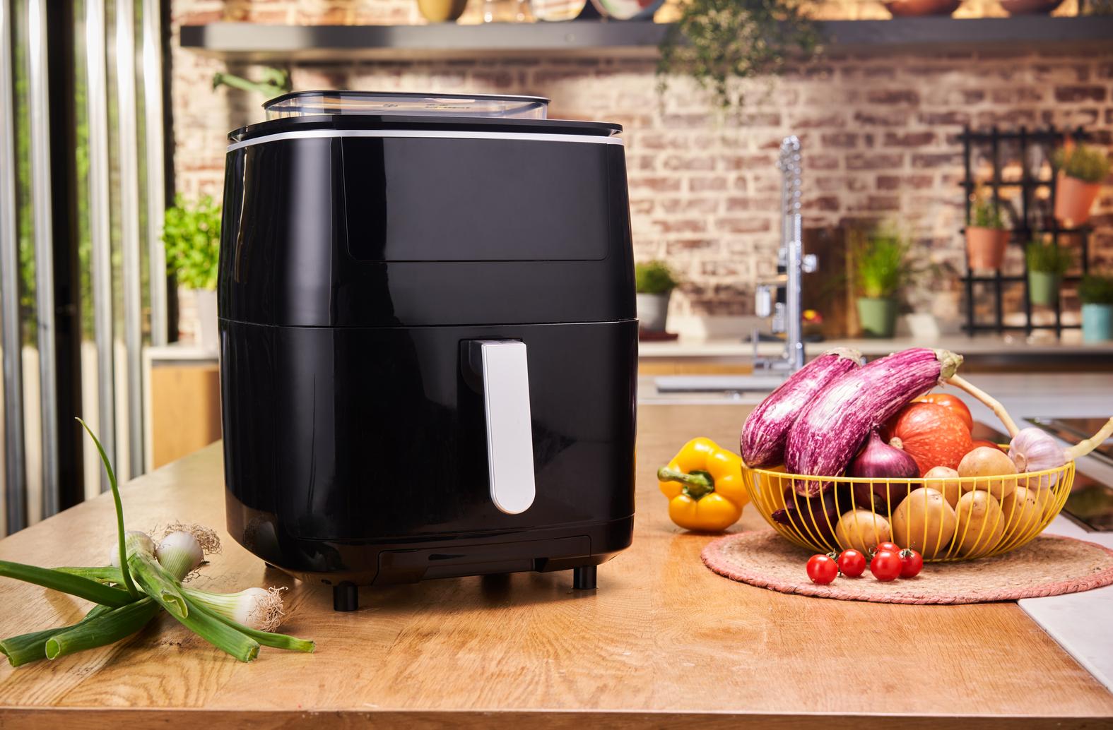 Die erste ihrer Art: Die neue Easy Fry Grill & Steam von Tefal kann frittieren, grillen und dampfgaren