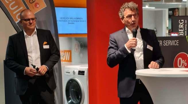 EK-Vorstandsvorsitzende Franz-Josef Hasebrink (r.) begrüßte Jochen Pohle (l.), Bereichsleiter EK Home, neu im EK-Vorstand.
